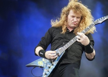 UNITED KINGDOM - JULY 8: Dave Mustaine of Megadeth performs live on stage at Sonisphere Festival on July 8, 2011. (Photo by Kevin Nixon/Metal Hammer Magazine)  Dave Mustaine
