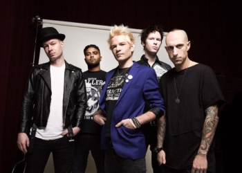 "Sum 41 переиздали винил ""All Killer No Filler"""