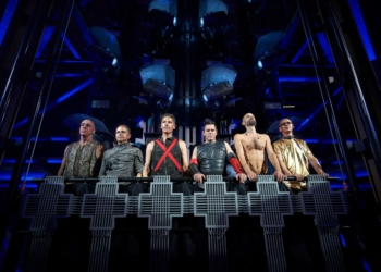 Самая громкая новость за последние дни: Rammstein выпустили песню и клип Deutschland