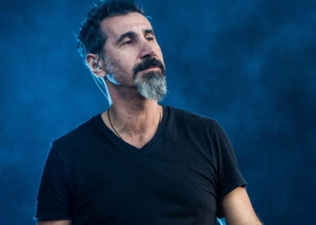 Serj Tankian of the american rock band System of A Down pictured on stage as they perform at Pinkpop Festival 2017 in Landgraaf (Netherlands) (Photo by Roberto Finizio/NurPhoto via Getty Images)