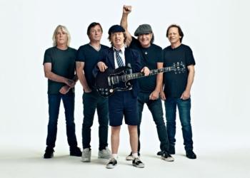 Рок-группа AC/DC выпустила новый альбом впервые за шесть лет